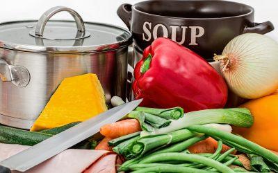 Pour atteindre votre poids idéal et le maintenir, essayez l'alimentation intuitive, selon un médecin spécialiste